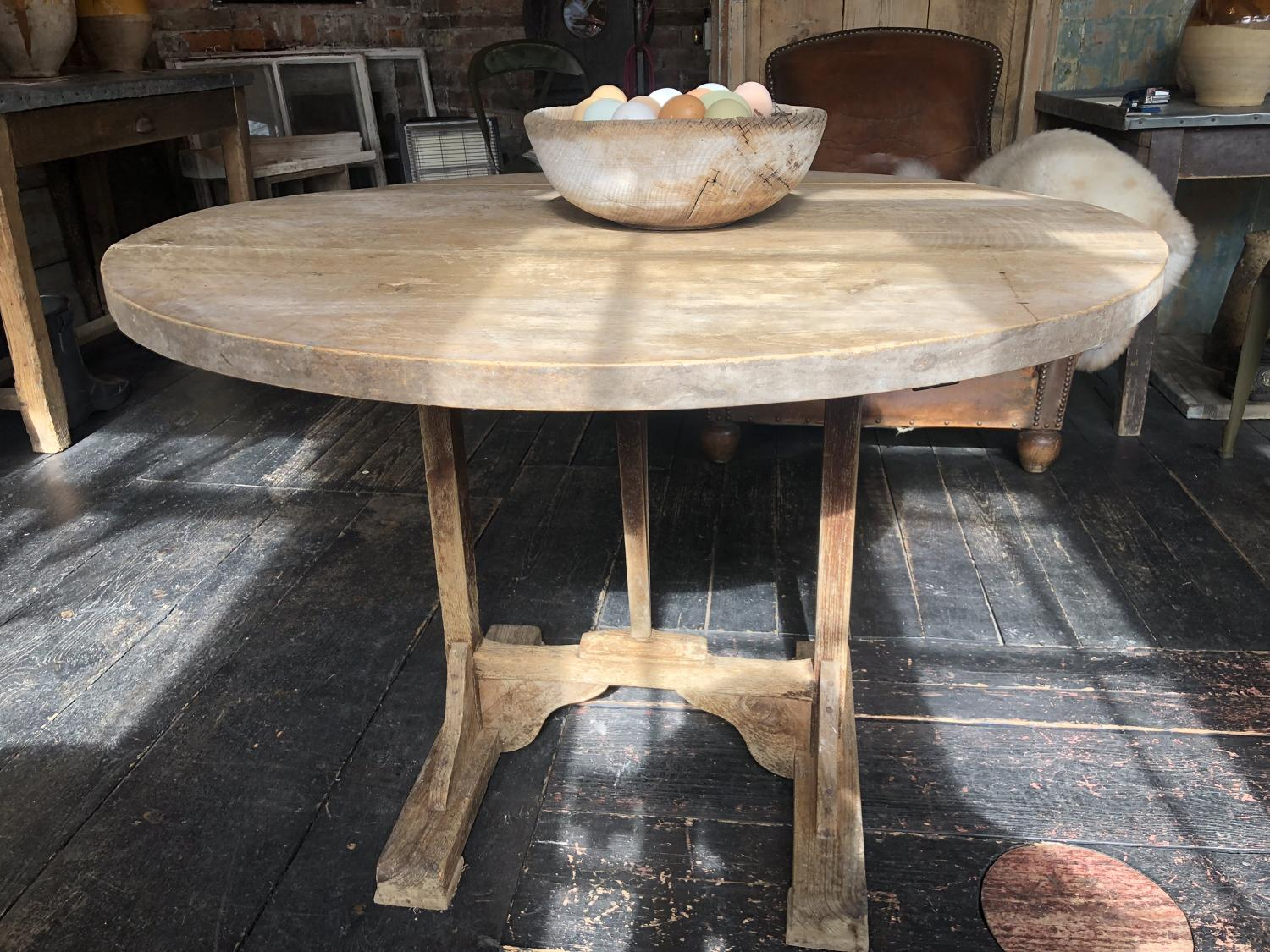 19th C Grape harvest Vendange table in untouched condition